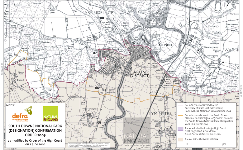 Map showing the Arundel area boundary of the South Downs National Park in 2002 and in 2009